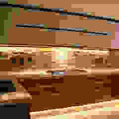 Nhà bếp phong cách hiện đại bởi TARE arquitectos Hiện đại