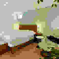 向陽台の家 北欧スタイルの 寝室 の 福田康紀建築計画 北欧