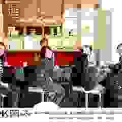 京悅設計 - 逗點咖啡館(逗點青少年公益商店) 根據 京悅室內裝修設計工程(有)公司 真水空間建築設計居研所 簡約風