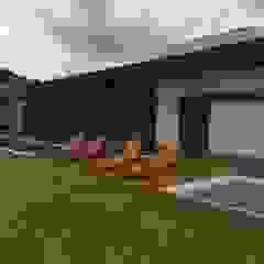 Piscinas de estilo moderno de luciana zeitel & marcella libeskind arquitetura e interiores Moderno
