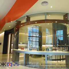 京悅設計 - 立督科技集團總部 再造 Reengineering 根據 京悅室內裝修設計工程(有)公司 真水空間建築設計居研所 簡約風 金屬