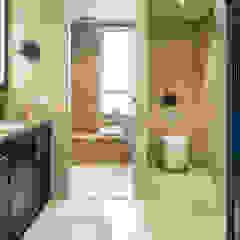 Bathroom renovation Modern bathroom by Nicole Cromwell Interior Design Modern Tiles
