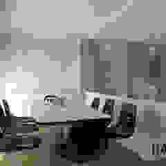 por Davin Interior Co., Ltd Moderno