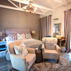 White River Manor Country style bedroom by Principia Design Country