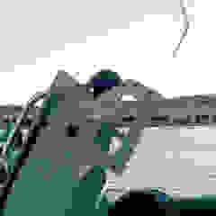 Industrialne jachty i motorówki od ibedi laboratorio di architettura Industrialny Aluminium/Cynk