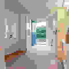 راهرو مدرن، راهرو و راه پله توسط Home Staging Sylt GmbH مدرن