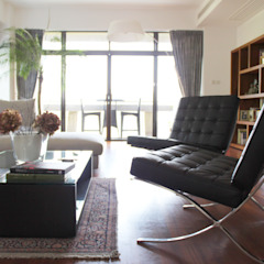 OFFICIAL RESIDENCE - REPULSE BAY Eclectic style living room by M2A Design Eclectic Wood Wood effect