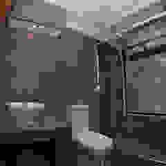 Mediterranean style bathrooms by Directorio Inmobiliario Mediterranean Ceramic