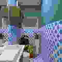 Reforma Casa C.P. Banheiros campestres por Atelie 3 Arquitetura Campestre Azulejo
