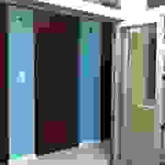 REMODELACION Y AMPLIACION PH BARRACAS, C.A.B.A Puertas y ventanas modernas de ARQUITECTA MORIELLO Moderno