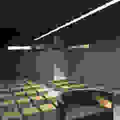 Capela Locais de eventos minimalistas por Promenade Arquitetura Minimalista