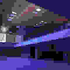 Espaço Espirita Locais de eventos minimalistas por Promenade Arquitetura Minimalista