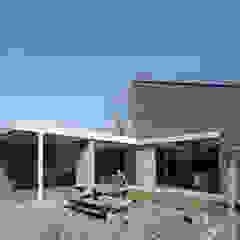 Energiepositieve woning Minimalistische tuinen van Joris Verhoeven Architectuur Minimalistisch