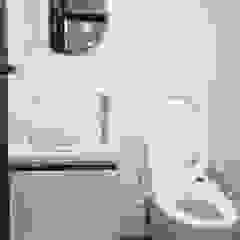 유쾌한녀석들 Moderne Badezimmer