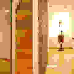 Musées modernes par Peritraço Arquitectura Moderne