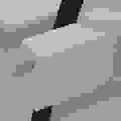 minimalist  by Studio Bekkers, Minimalist Solid Wood Multicolored