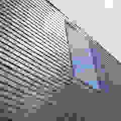 Modern houses by 8A Architecten Modern Slate