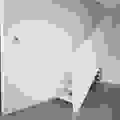 8A Architecten Living room Wood White
