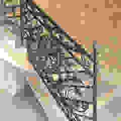 ALMET Kowalstwo Artystyczne 經典風格的走廊,走廊和樓梯
