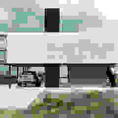 Proa Arquitectura Minimalistischer Garten Metall Weiß