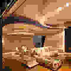 The House of Light at Sentosa Cove Ruang Keluarga Gaya Asia Oleh E&U Asia
