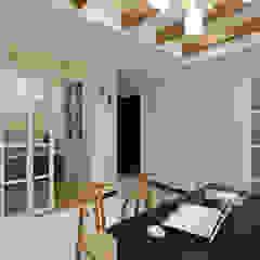 من 弘悅國際室內裝修有限公司 كلاسيكي خشب Wood effect