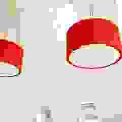 lichtundobjektberatung.de Eclectic style living room Wood-Plastic Composite Red