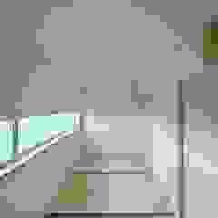 五藤久佳デザインオフィス有限会社 Eclectic style media room