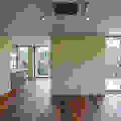 伊集院の住宅 モダンデザインの リビング の アトリエ環 建築設計事務所 モダン