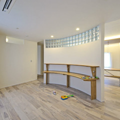 Dormitorios infantiles de エヌスペースデザイン室 Ecléctico Madera Acabado en madera