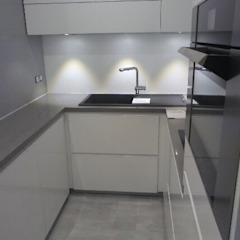 LSAI Minimalist kitchen
