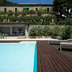 PGL | pool with a greenhouse PLUS ULTRA studio Piscina in stile mediterraneo