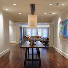 Luxury Kalorama Condo Renovation in Washington DC BOWA - Design Build Experts Minimalist corridor, hallway & stairs