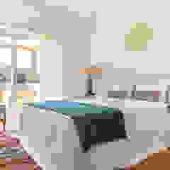 Casa de férias no Algarve Quartos ecléticos por The Interiors Online Eclético