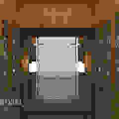 Closets de estilo clásico de Kamala Interior Clásico
