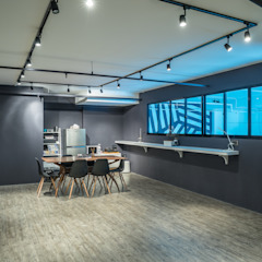 Yandt & Civic Paints Industrial style offices & stores by Y&T Pte Ltd Industrial