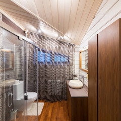 Classic style bathroom by GOOD WOOD Classic