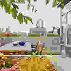 minimalist style balcony, porch & terrace by BILLINKOFF ARCHITECTURE PLLC Minimalist