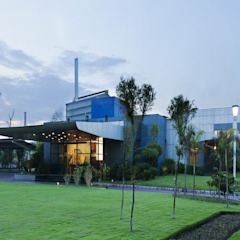 Exterior by Studio - Architect Rajesh Patel Consultants P. Ltd Modern