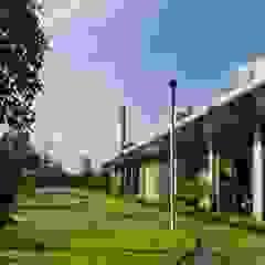 Exterior View by Studio - Architect Rajesh Patel Consultants P. Ltd Modern