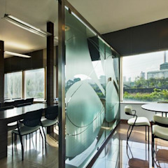 Cafeteria by Studio - Architect Rajesh Patel Consultants P. Ltd Modern