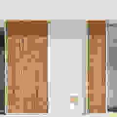 por Alejandro Giménez Architects Mediterrânico Bambu Verde
