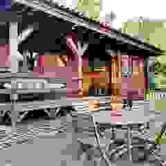 RUSTICASA | Pine Cottage | Zambujeira do Mar por Rusticasa Campestre Madeira maciça Multicolor