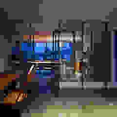 3世帯の家 / Home for Three Households モダンデザインの 書斎 の 藤原・室 建築設計事務所 モダン