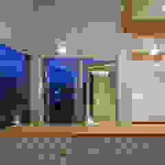 海に浮かぶ小島の家 カントリーデザインの キッチン の 内田建築デザイン事務所 カントリー