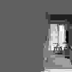 Show Unit - Malioboro Park View Apartment Kamar Tidur Gaya Skandinavia Oleh studio tektonik Skandinavia Kayu Wood effect