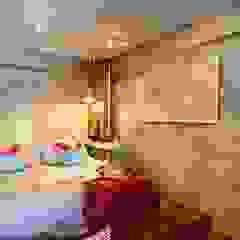 Industrial London inspired apartment Kamar Tidur Gaya Industrial Oleh SATTVA square Industrial