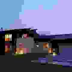 من やまぐち建築設計室 حداثي خشب Wood effect