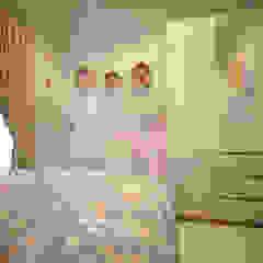 Project - Rumah Tinggal Babatan Pratama Oleh Vinch Interior Modern Kayu Wood effect