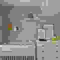 Wnętrze w stylu new york z nutką nowoczesności Rustykalny pokój dziecięcy od SO INTERIORS ARCHITEKTURA WNĘTRZ Rustykalny